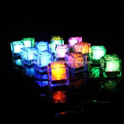 Sensor de Água Multi cores alterando cubos de gelo com LED luminoso LED partido de eventos ciem para decoração de casamento