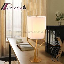 Le tissu nouveau voyant de lampe de table de style chinois pour étudier la salle
