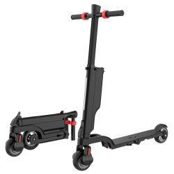 2020 Cina a basso prezzo 2 ruote Skateboard stand up scooter elettrico