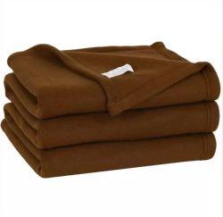 Eco Friendly RPET colorés Laine Polaire couverture chaude PET recyclé couverture personnalisée pour des usages multiples