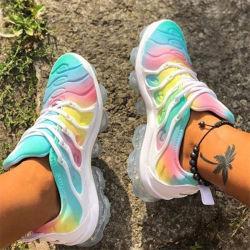 Schoenen van de Sporten van de Vrouwen van de Kleur van de regenboog de Toevallige, de Duidelijke Comfortabele Loopschoenen van Vrouwen Outsole
