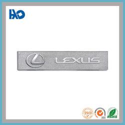 L'abitudine di apparenza attraente ha impresso l'emblema del distintivo del contrassegno dell'automobile di marchio del metallo