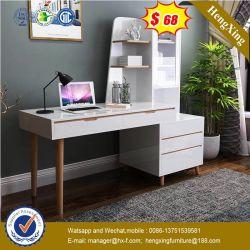 現代木の家庭内オフィスのコンピュータの机の子供の子供の調査表