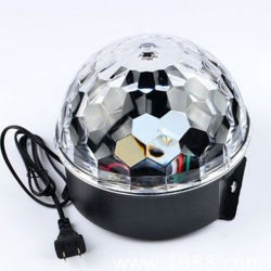 LED färbt der PUNKT Ring-Lampen-sechs Kristallstadium Lightingsee Ring-Laser-magisches der Kugel-KTV größere des Bild-LED Ring-Laser-magische Kristallkugel Farben PUNKT Ring-der Lampen-sechs