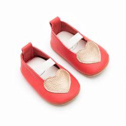 Baby Girls Chaussures mocassins en cuir de coeur Slip-sur les chaussures Infant Toddler Première Walker Chaussures Chaussures Crib ESG14188 antidérapant