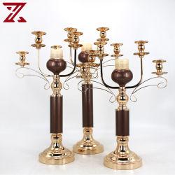 Comercio al por mayor altura de metal dorado Candelabro para decoraciones de Boda Regalo