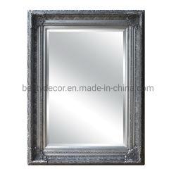 La smussatura ha orlato lo specchio di scultura di legno della parete del blocco per grafici della decorazione di arte