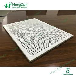 パーフォレーテッドアルミニウム製 Honeycomb サンドイッチパネル(不織布層付き)