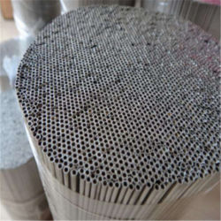 304波形のEasyflexの穴があいたステンレス鋼の管