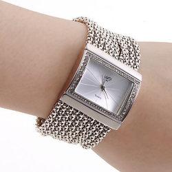 As mulheres de luxo Assista Jóias de Diamante de Cristal Rhinestone Senhoras Relógios de Ronda de steel band Disque Relógio analógico Classic charme feminino Bracelete Quartzo10630 ESG