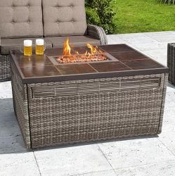 La conception de meubles de jardin en rotin Outdoor Fire Pit Table avec un canapé-gaz