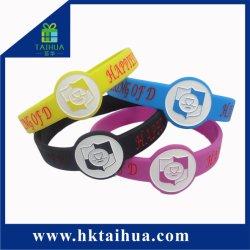 Regarder la forme Bracelet en silicone avec logo personnalisé pour la promotion
