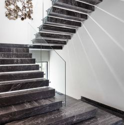 상한 주거 유일한 똑바른 나무로 되는 보행 뜨 계단 대리석 층계