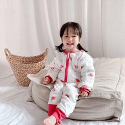 Il bambino popolare che copre i vestiti comodi di Children&Prime mette in mostra i vestiti casuali della ragazza dei pantaloni