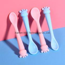 Colher para bebé venda quente de Silicone macio colher de alimentação do bebé com design especial
