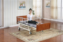 Hölzernes Base Motorized Hospital Electric 5 Functions Nursing Furniture Medicare Home Care Bed für Elderly