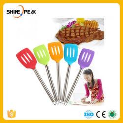 Красочные кухня Неприлипающий сковороде с прорезями для приготовления пищи инструменты утолщения стенки силиконового герметика шпателем с ручкой из нержавеющей стали