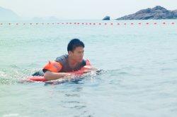 Für Lieferung vorbereiten - Batterie gefahrenes elektrisches Surfbrett für erstaunliches Erfahrungs-Energien-Surfbrett-nachladbaren Schwimmen-Helfer