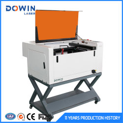 Pequena mini máquina de gravura de carimbo a laser de CO2 40W