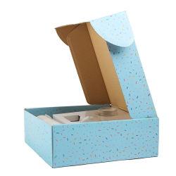 Boîte d'expédition personnalisé bleu avec du papier d'insérer