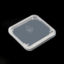 En matière plastique transparente de la carte mémoire SDHC SD standard Titulaire Zone de stockage de cas