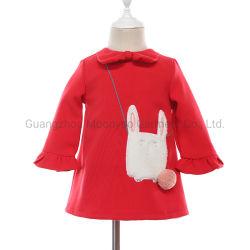 Lange ärmellose Woolen einteilige Mädchen Kleider mit Bunny Sherpa Patch Applikation