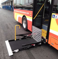 [س] يصدر كهربائيّة & هيدروليّة كرسيّ ذو عجلات مصعد لأنّ حافلة [أوفل-700-س] نموذجيّة
