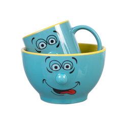 تشمل مجموعة معانق القهوة من نوع Cute emoji متعدد الألوان وخضارة البورسلين مجموعة الكأس 11 [أز] كتلة طينيّة و20 [أز] قصع