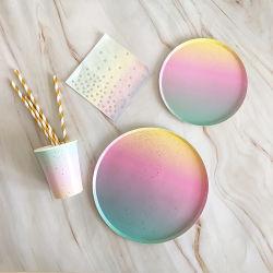 금 서류상 무지개 처분할 수 있는 식기 크리스마스 생일 파티 종이 접시 컵 사육제 당은 플라스틱 밀짚을 공급한다