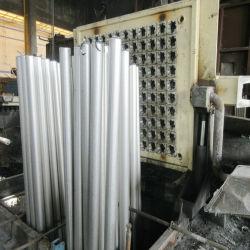 Bajo precio de la barra de aluminio de alta calidad y perfil de extrusión de aluminio de aleación de marcos de puertas y ventanas de vidrio Long-Lasting de fantasía y la barra de aluminio y el perfil