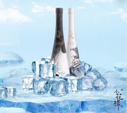 Chinesischer Alkohol mit Soße-Aroma durch alten eindeutigen Komplex bereitet weißen Wein auf
