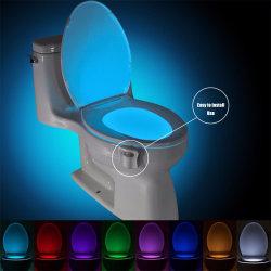 Sensor de movimento do assento do vaso de 8 cores de iluminação de fundo o Vaso Sanitário Lâmpada 3 Noite Automática*AAA LED de luz do sensor de lâmpada de toucador