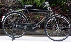 """Heavy Duty durables 28"""" traditionnel de vélo avec le transporteur de fret"""