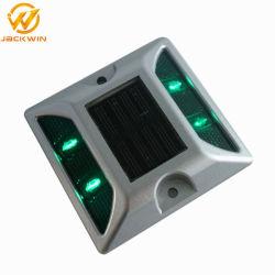 Sécurité du trafic de gros de l'aluminium Cat Eye LED solaire réfléchissant goujon de route