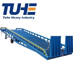 4ton 6ton 10tonの容器のロードする移動式ヤードの傾斜路のフォークリフト車のトラックのローディングの排出の商品傾斜路の荷を下す