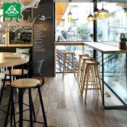 El restaurante del hotel mobiliario de madera Barstool con mesa al aire libre