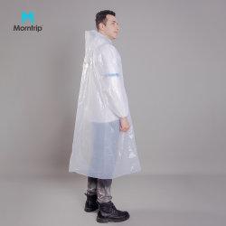 PE Adult Cheap Rain Poncho البلاستيك مقاومة للماء لا يمكن التخلص منها المطر Coat