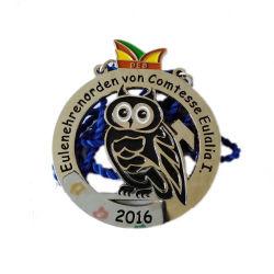 La medaglia di giorno nazionale degli emirati ha impresso il bronzo della medaglia dei premi di sport di servizio di formazione del Ghana della medaglia di marchio dell'emblema del banco