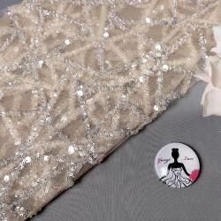 Mx740 de Witte Stof van het Kant van het Borduurwerk van het Lovertje van Tulle Zware Grote voor de Kleding van het Huwelijk