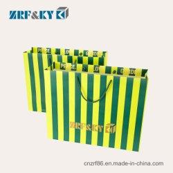 Personalisierte Einkaufstüten In Grüner Farbe, Beschichtet, Karte, Kunst Und Kraft, Gestreiftes Papier, Taschen Mit Griffen
