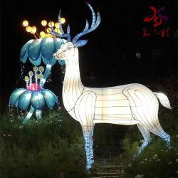 공장 휴일 축제 훈장 말 순록 빛을%s 가진 동물성 손전등 전시