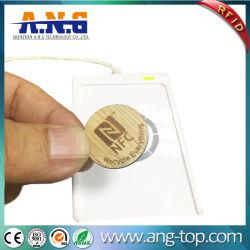 チップが付いているRFIDの円形の木のカード