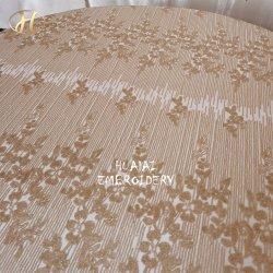 Yiwu Grand Tour de la conception unique de séquence d'or broderie chiffon pour table de banquet de mariage