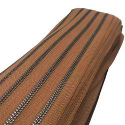 Mayorista de fábrica 5# larga cadena de Material de cobre latón antiguo rollo de cremallera de metal para Jean bolso
