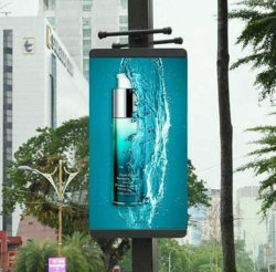 شاشة عرض إعلان LCD رقمية لأفضل بيع للحامل بحجم 65 بوصة شاشة العرض التي تعمل باللمس مزودة بمؤشر LED لشاشة LCD مقاومة للماء في الهواء الطلق Display (شاشة العرض