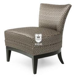 低の人目を引く現代純木のホテルのロビーのアクセントは椅子を支持する