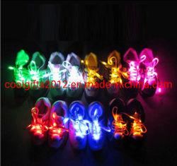I merletti di pattino variopinti di prezzi LED di pattino di alta qualità poco costosa LED dei merletti si illuminano in su con la batteria