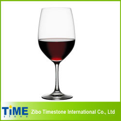 Hohes gereinigtes Rotwein-Glas, freies Kristallweinkonsum-Glas