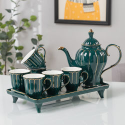 Intero insieme di ceramica del Teacup delle tazze di caffè delle tazze dei piattini dell'insieme