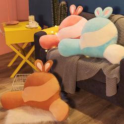 Cuscino decorativo del nuovo di disegno della peluche schienale su ordinazione del giocattolo